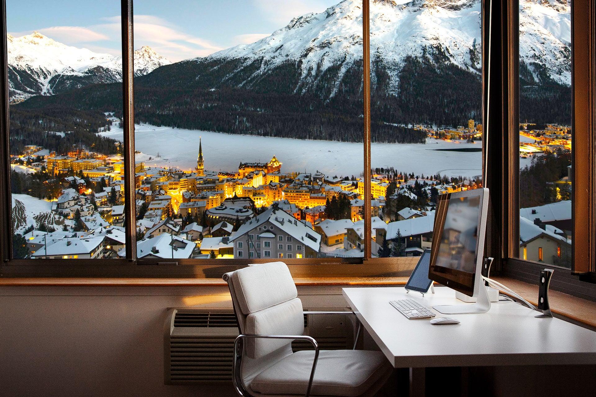 Coworking view in St. Moritz - Jamatu