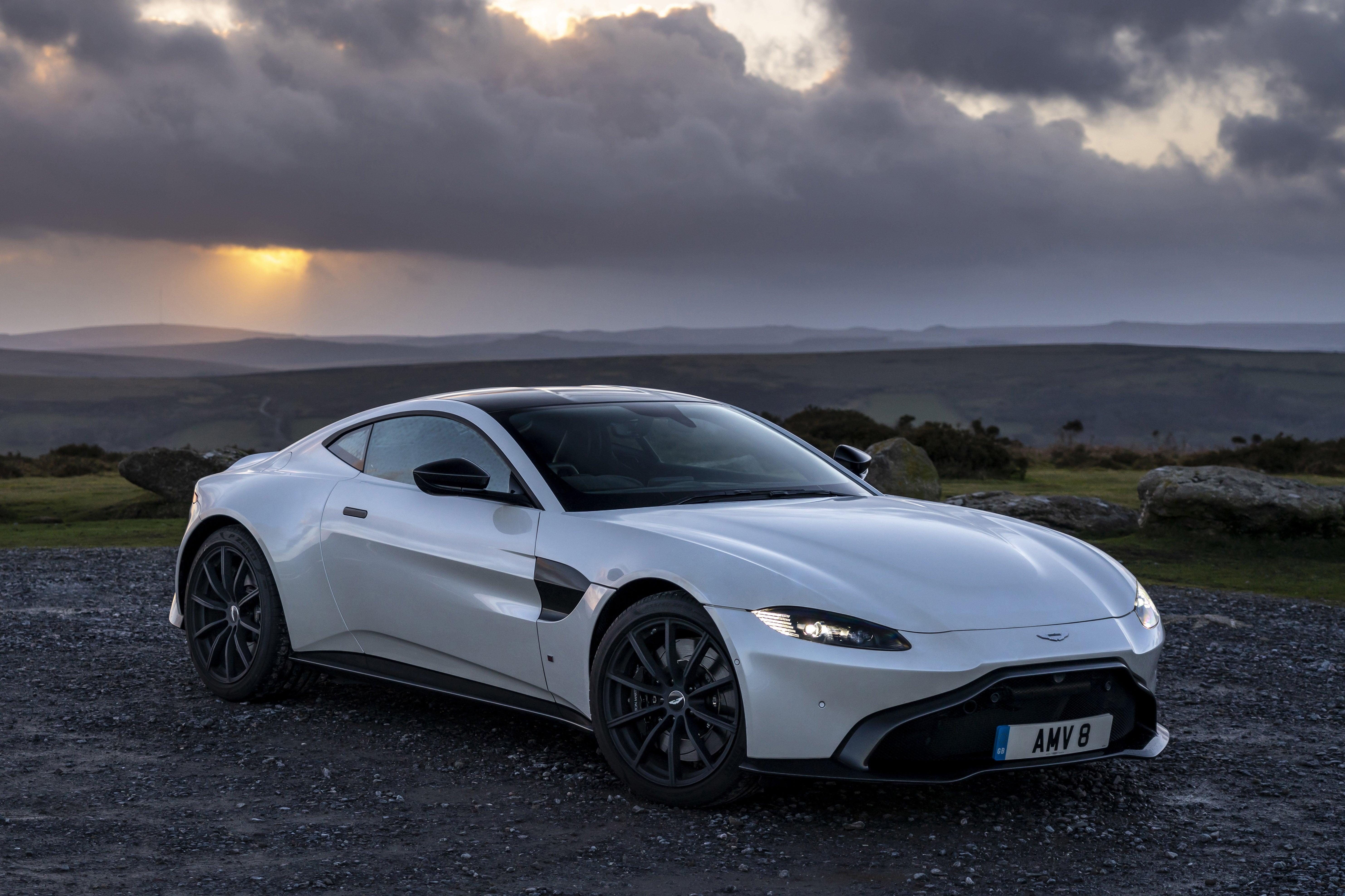 Aston Martin Vantage Review Heycar