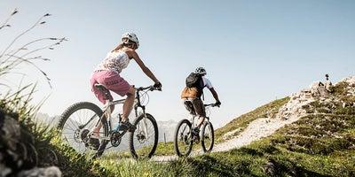 Mountainbiken-im-Gebirge © TVB-Stubai-Tirol Foto Andre Schoenherr