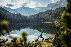 Yoga-am-Reedsee-Bad-Gastein © SalzburgerLand-Tourismus
