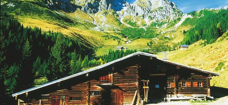 Bischofsmuetze-bei-Filzmoos-Almhuette-Salzburger-Land © Oesterreich-Werbung Fotograf Josef Mallaun