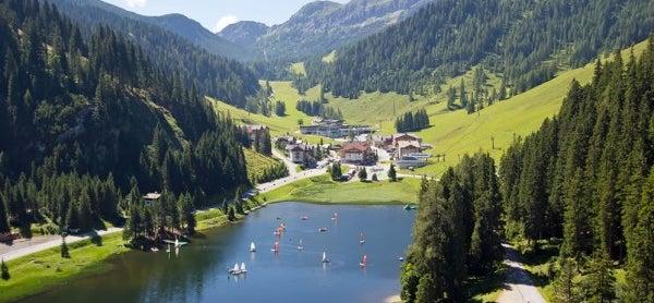 Schwimmen im Zauchensee in Ihrem Sommerurlaub © zauchensee.com