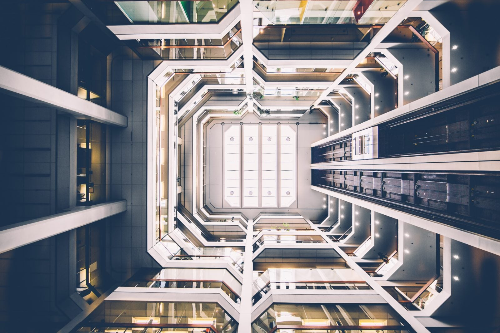 high-rise-architecture-building