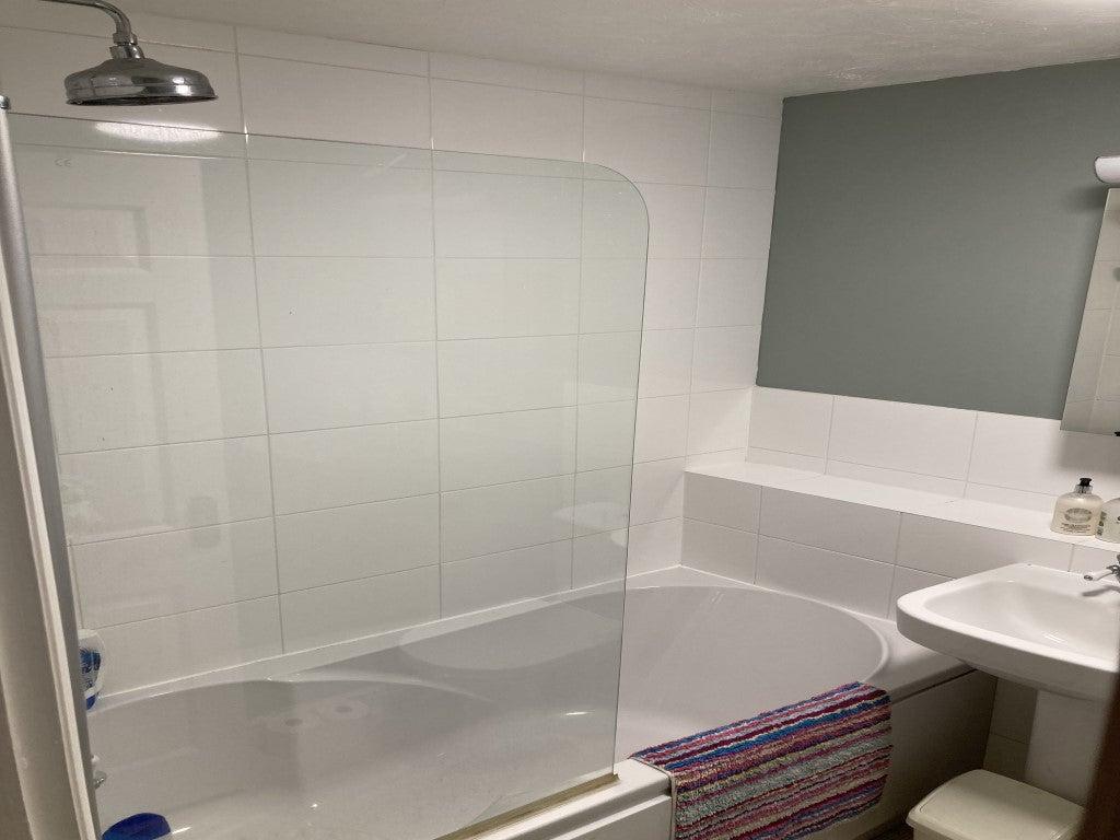 27 Lancer Close - Bathroom 2