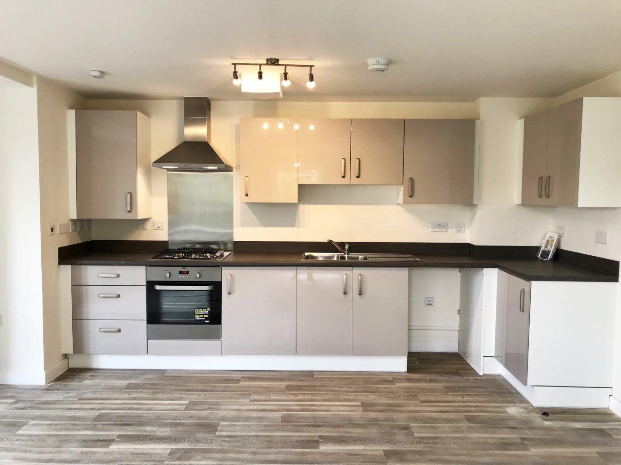 Canalside plot 60 kitchen