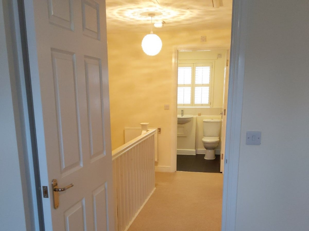 1 Coneygar Fields, Steeple Aston - Hallway