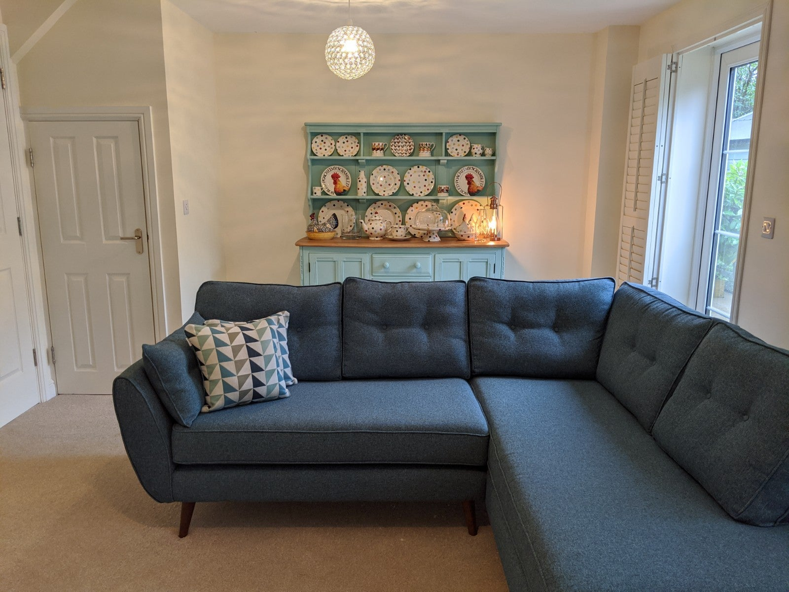1 Coneygar Fields, Steeple Aston - Living room 2