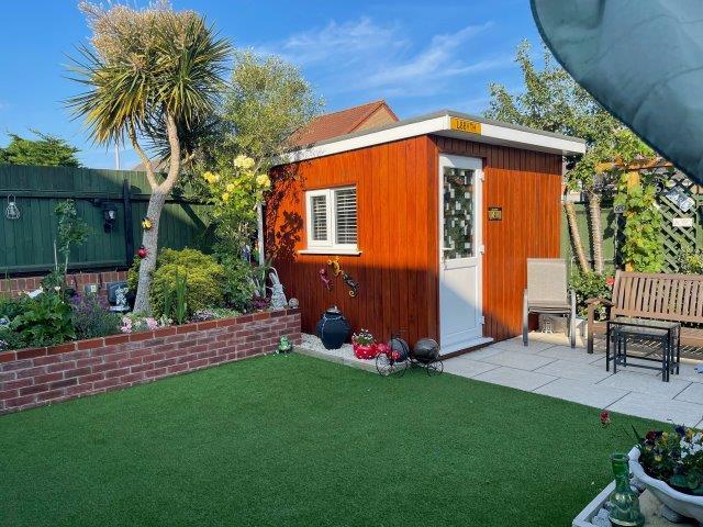 Ibberston Close - Garden