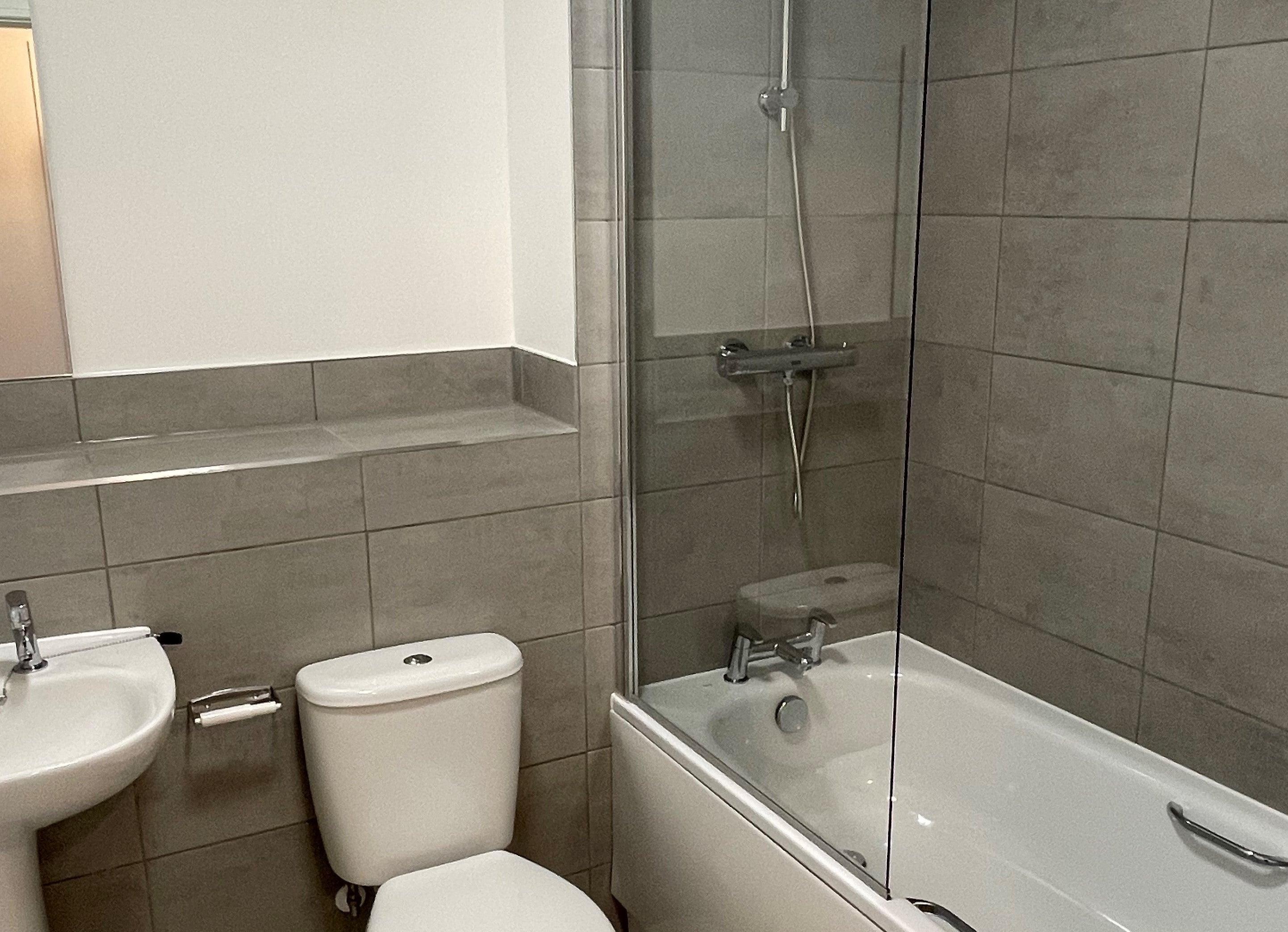 Renaissance plot 181 bathroom