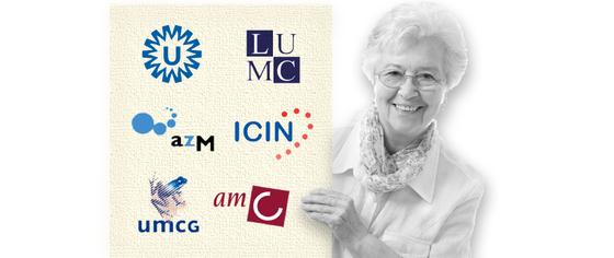 diverse logo's die door een oudere dame worden gepresenteerd