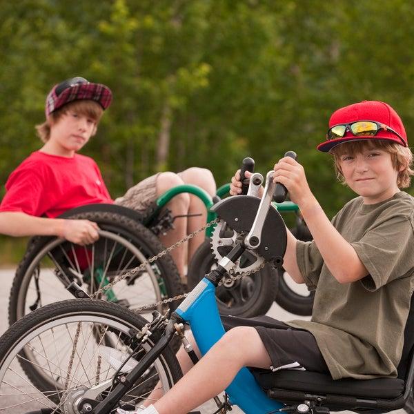 Jongens in een rolstoel