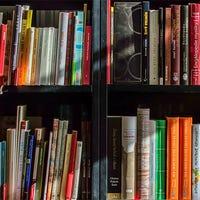 Overzicht van boekenkast