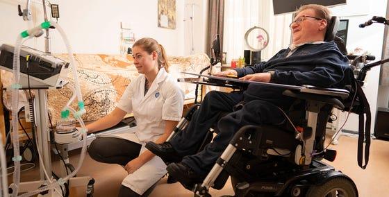 CTB-Consulent met patiënt