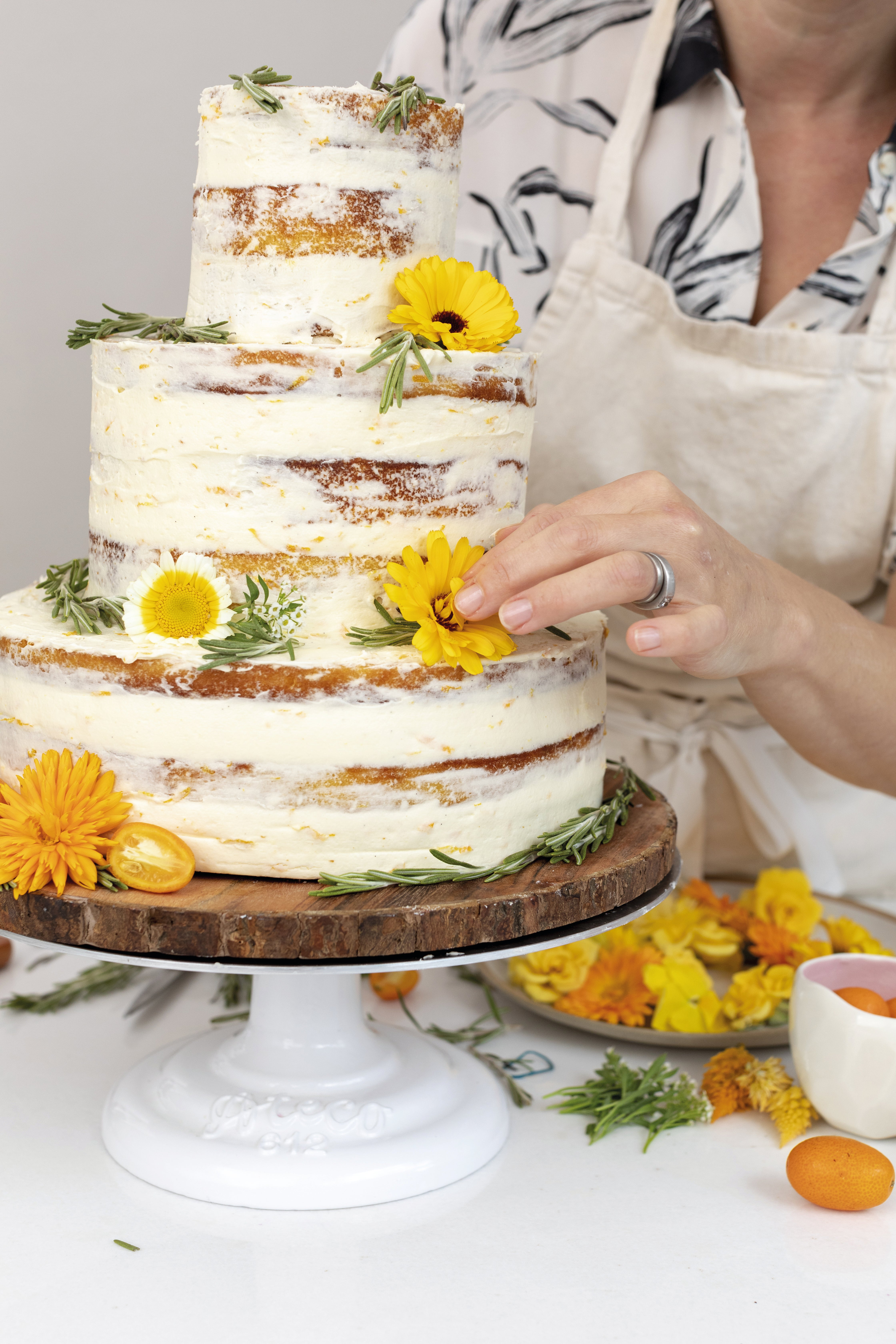 7-Orange-Almond-Touch-of-Frosting-Cake.jpg