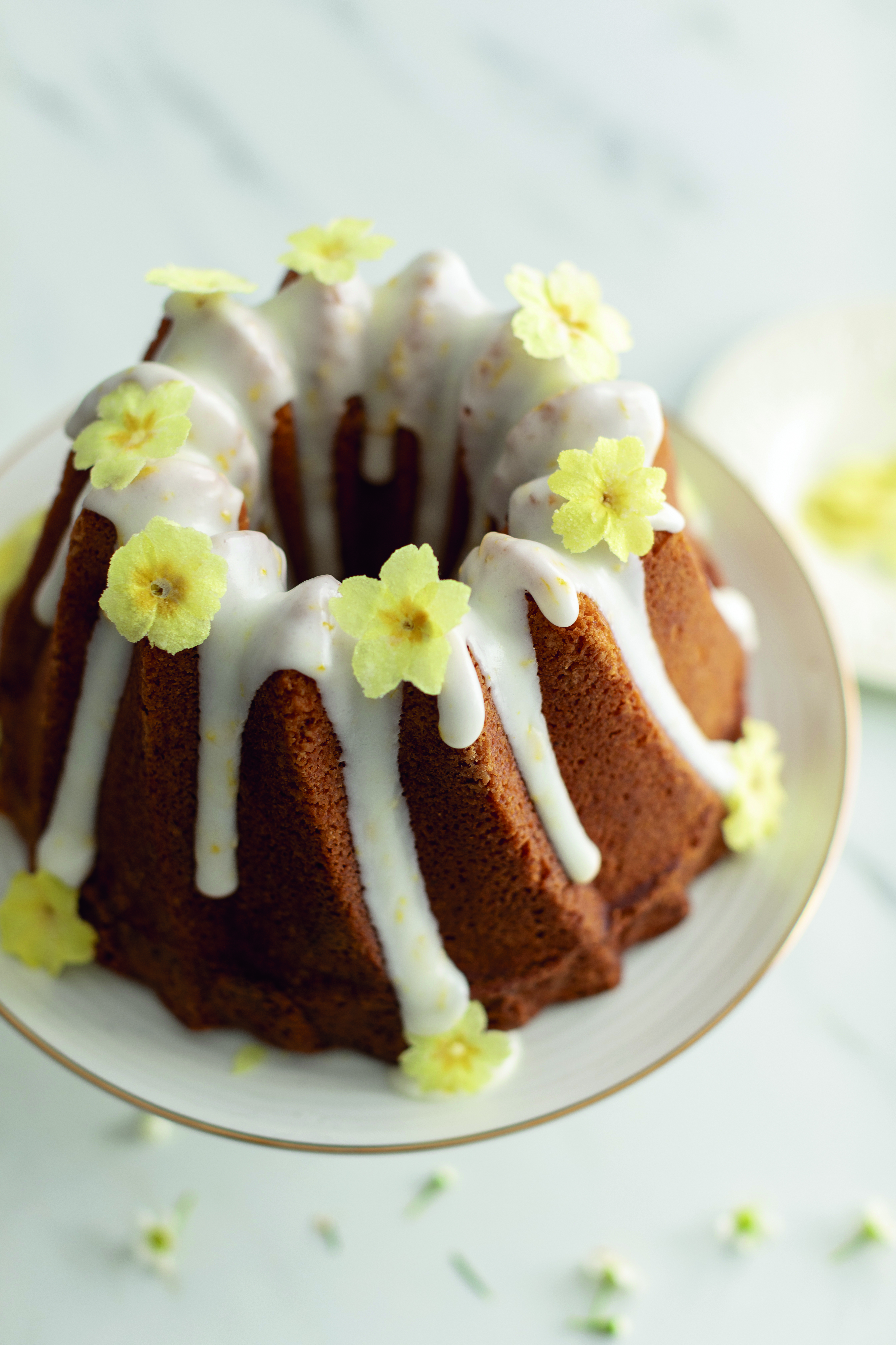 5-Spring-Flowers-Bundt-Cake