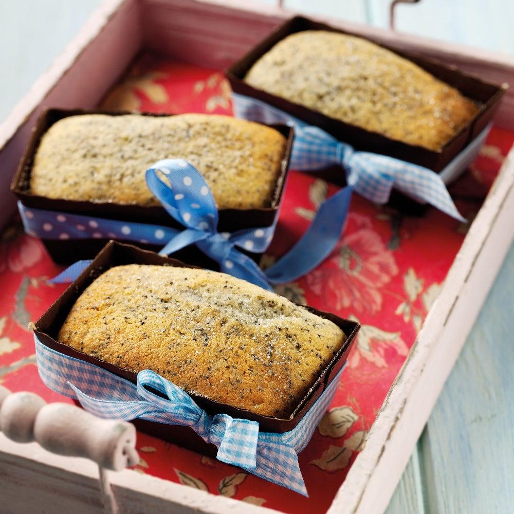 Lemon and poppy seed cakes