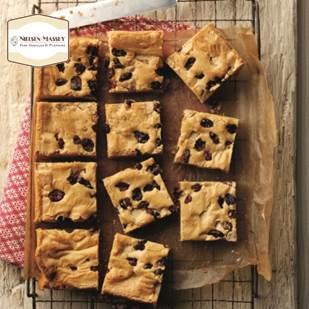 1-Nielsen-Massey-Vanilla-White-Chocolate-and-Cranberry-brownies-WEB.jpg