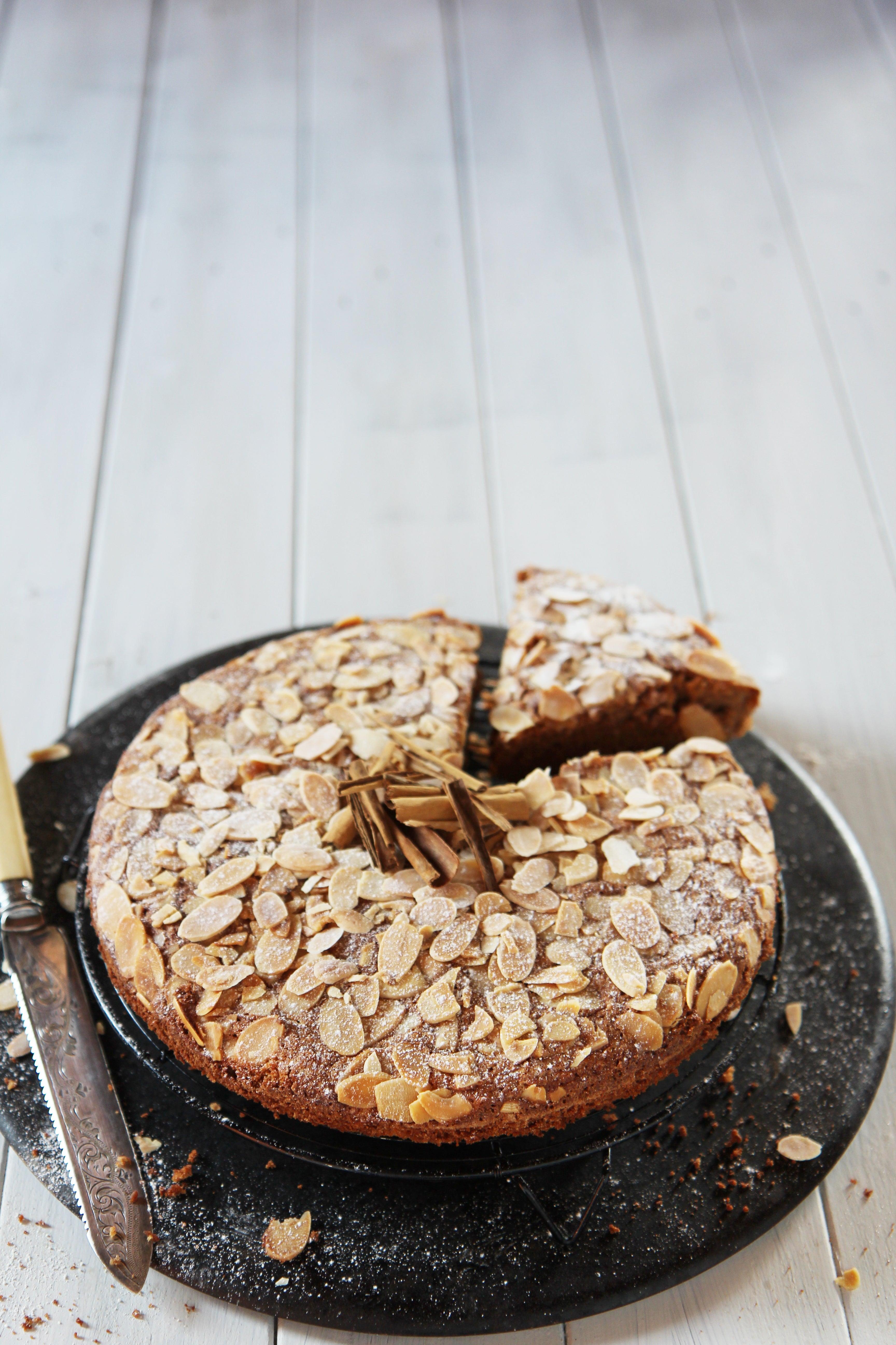 Shelina-Permalloo-for-Billington-s-Almond-Cinnamon-Cake-4.JPG