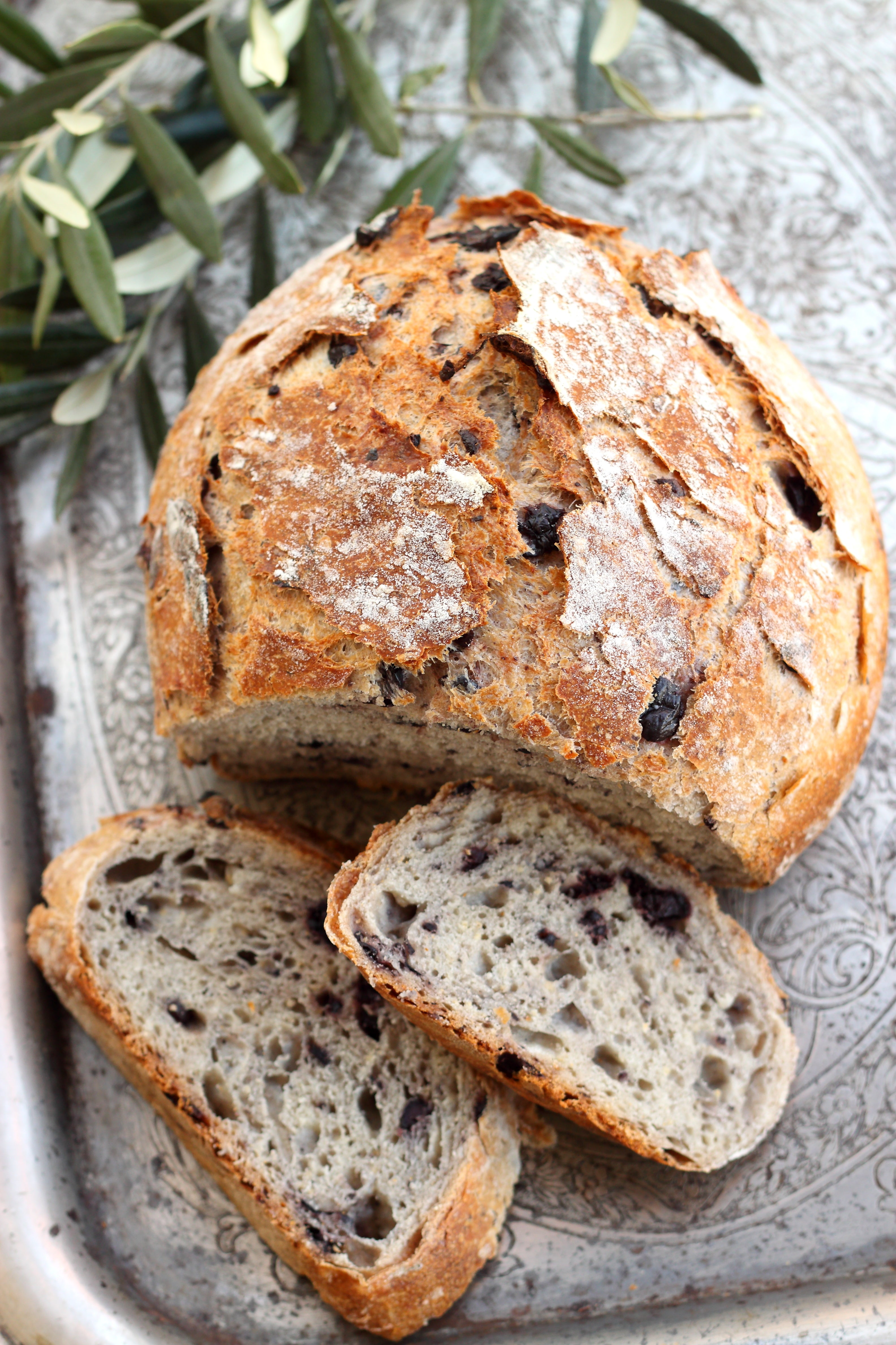 olive-and-herb-bread.jpg