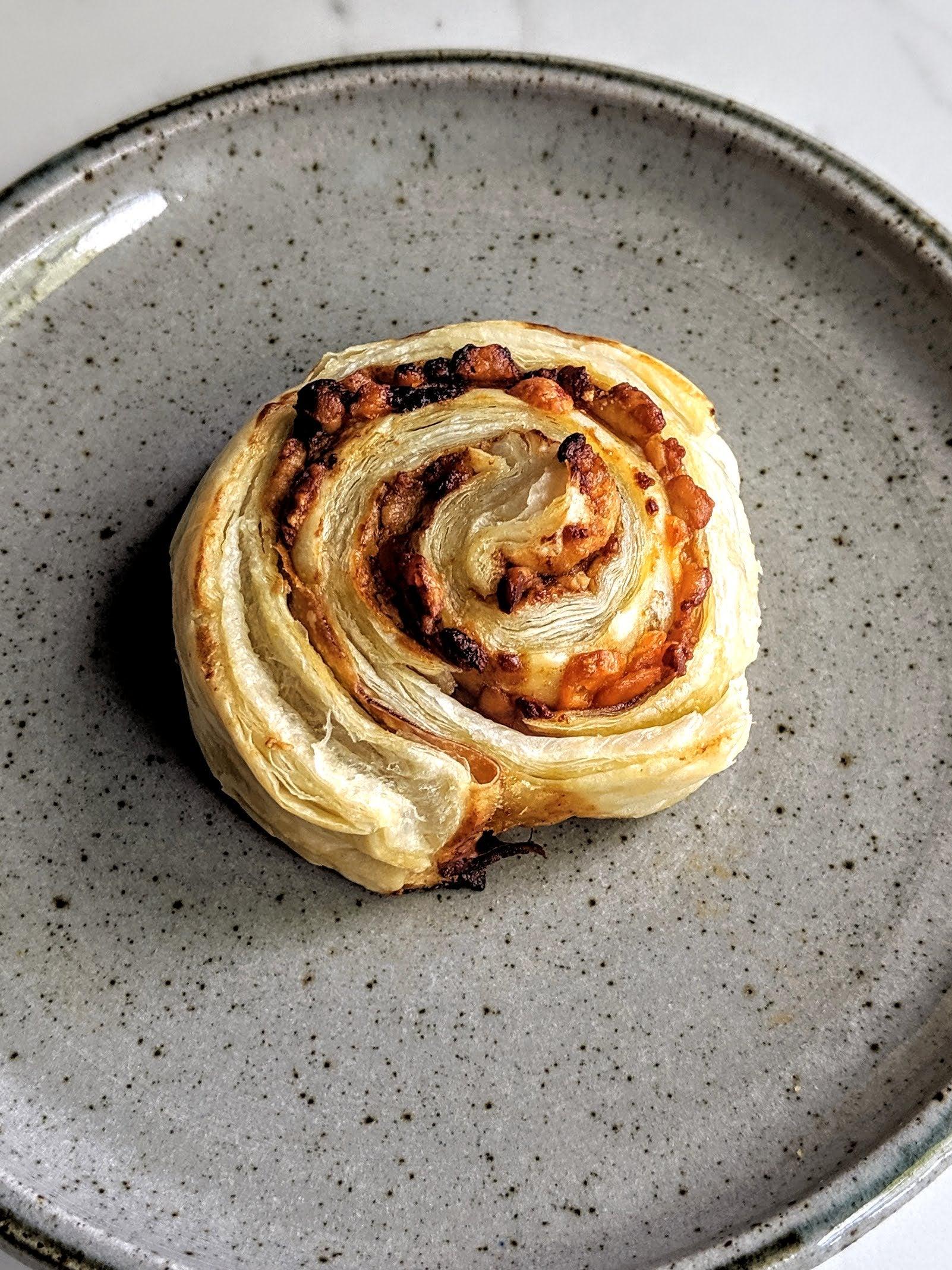 Cheese-and-Marmite-Puff-Pastry-Swirls-(4).jpg