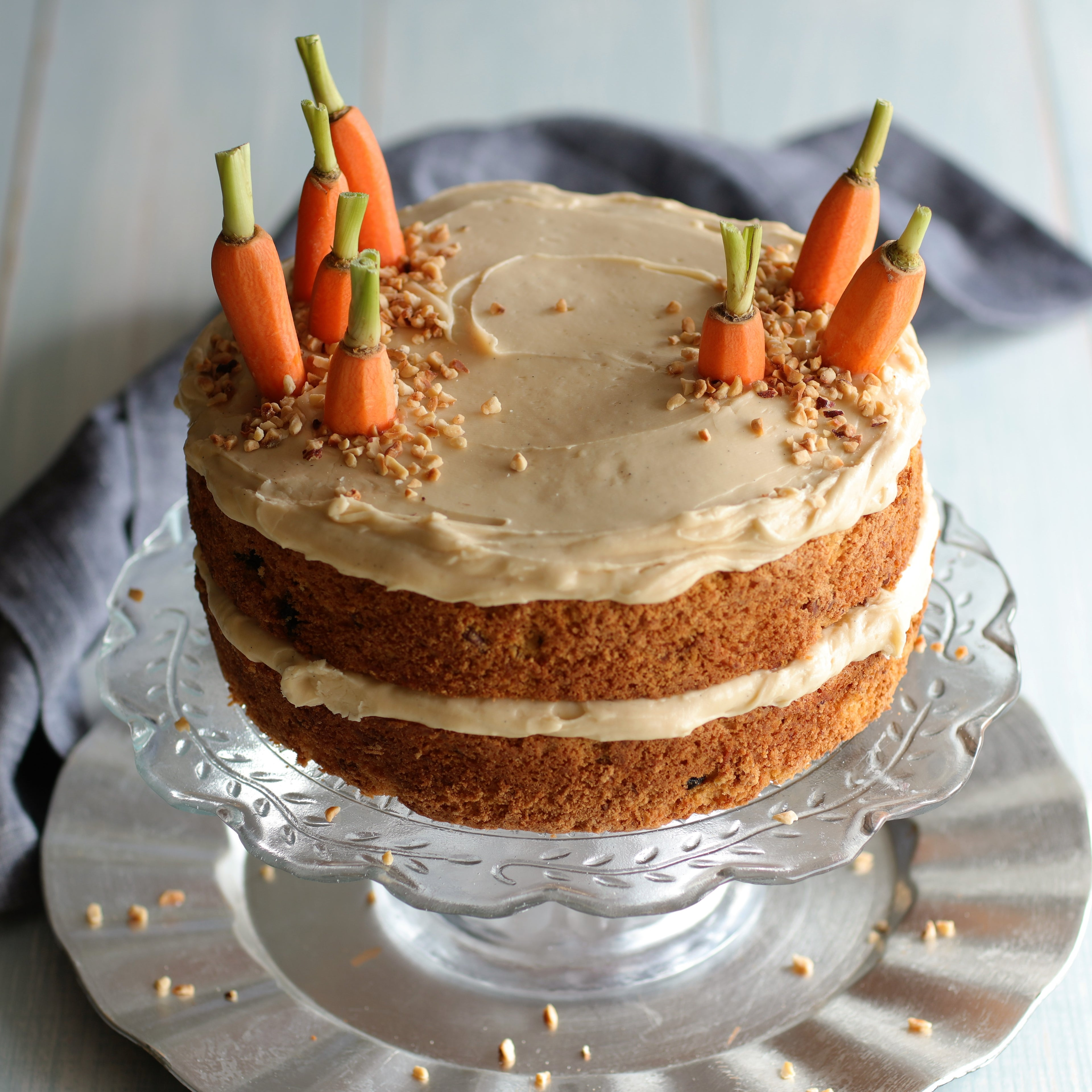 Nielsen-Massey-Carrot-cake-with-vanilla-bean-icing.JPG