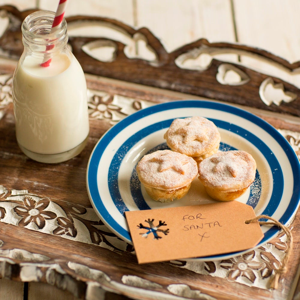 1-Mince-Pies-for-santa-web.jpg
