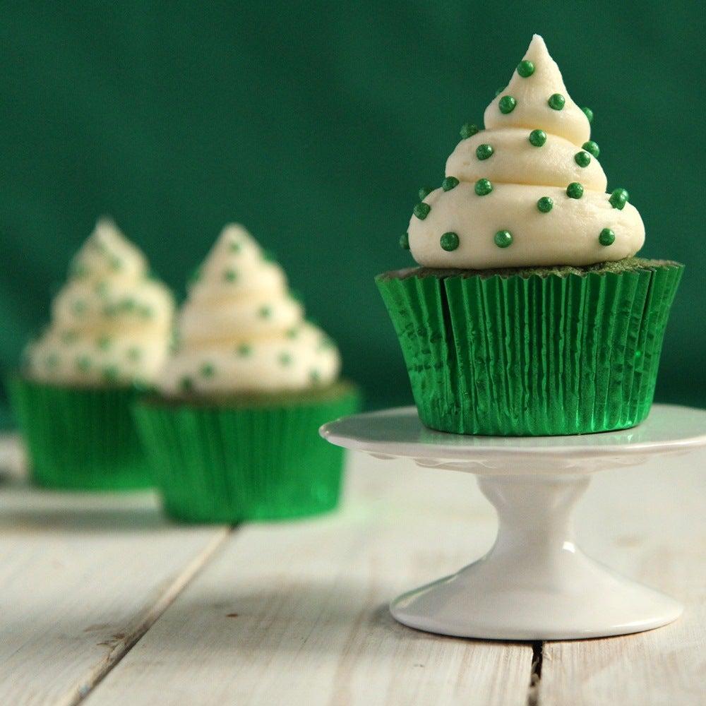 1-Green-velvet-cupcakes-web.jpg