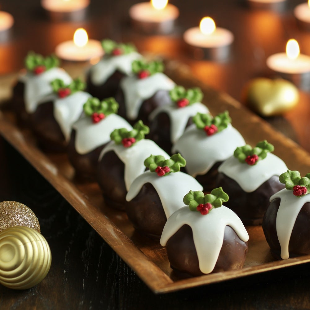 1-Christmas-pudding-cake-balls-WEB.jpg