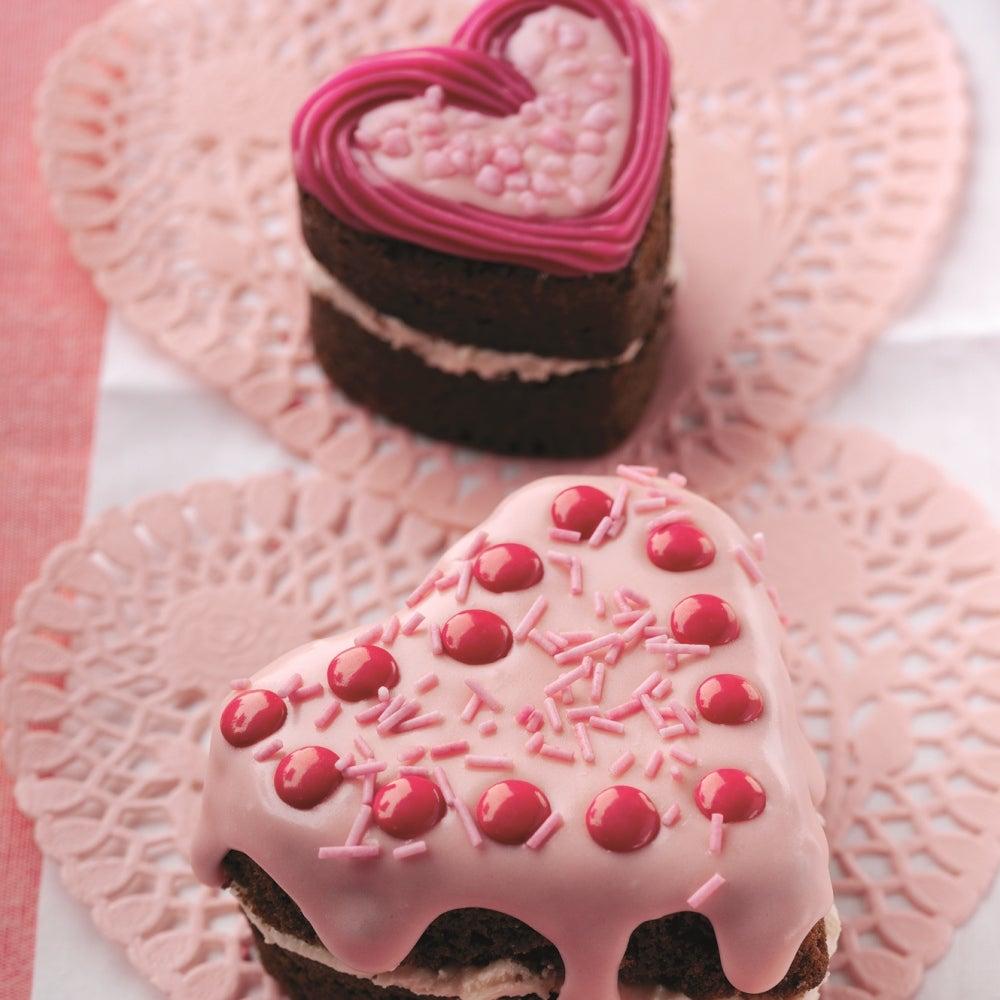 1-2-9a-Heart-Cakes-web.jpg