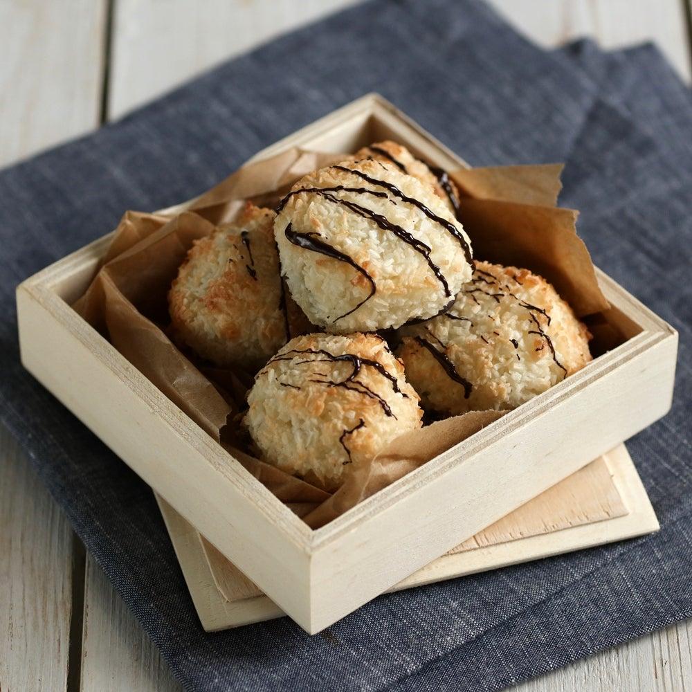 1-Coconut-macaroons-WEB.jpg