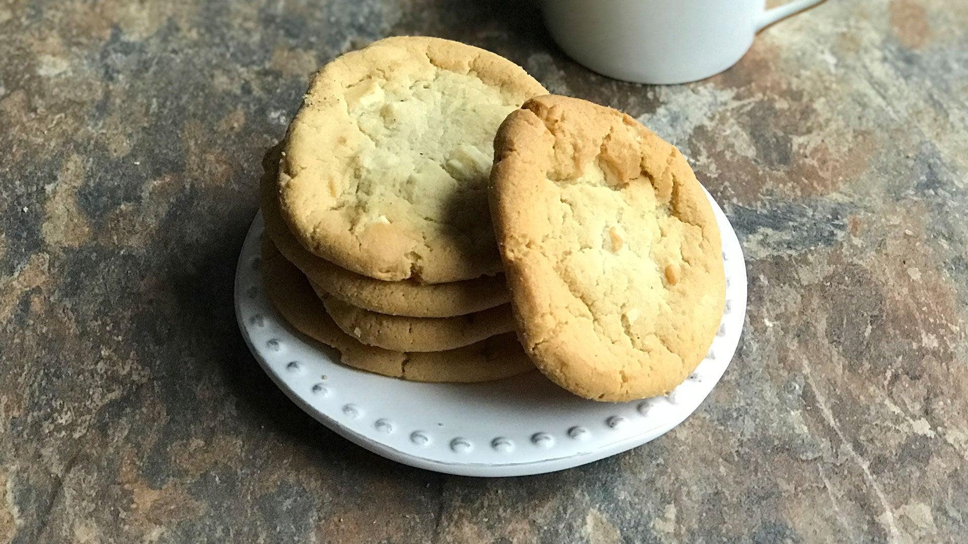 White-Chocolate-Cardamom-Cookies_Header_1.jpg