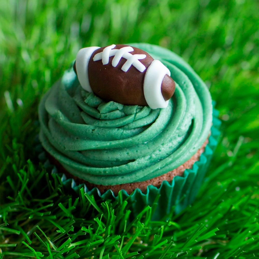 1-Rugby-Cupcakes-WEB.jpg