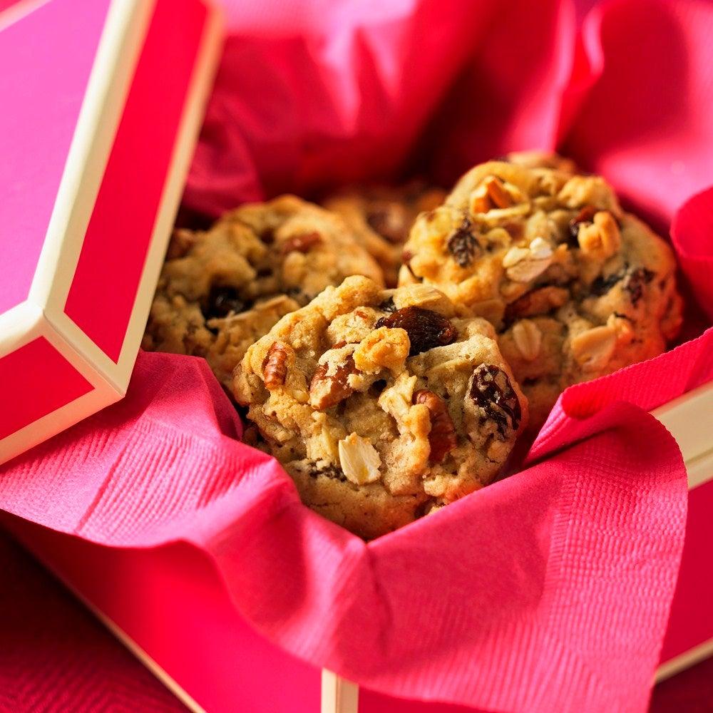 Honey & Raisin Oat Cookies