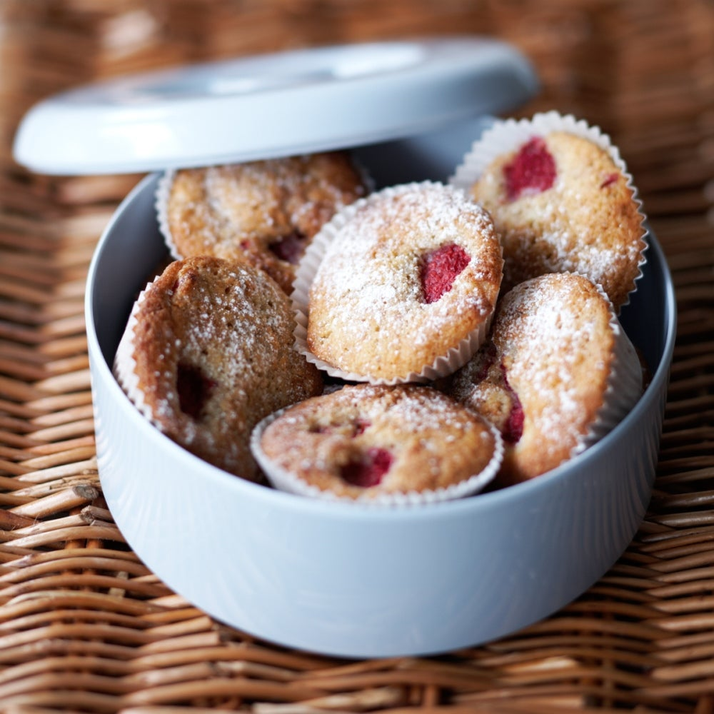 1-Raspberry-and-Coconut-Cakes-web.jpg