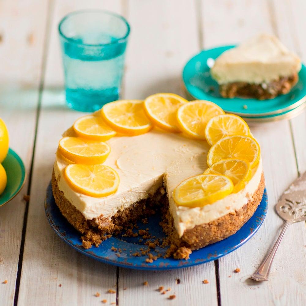 1-Lemon-cheesecake-slice-wide-shot-WEB.jpg