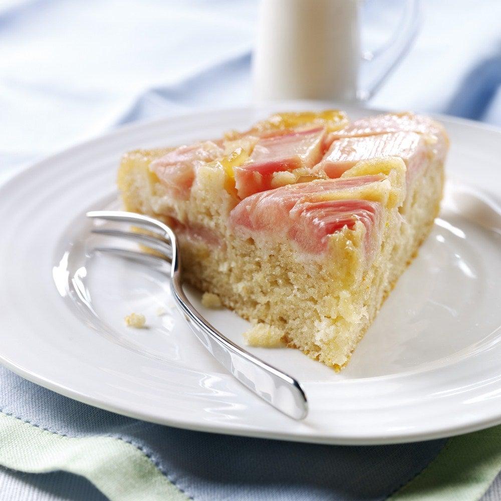 1-Rhubarb-upside-down-cake-web.jpg