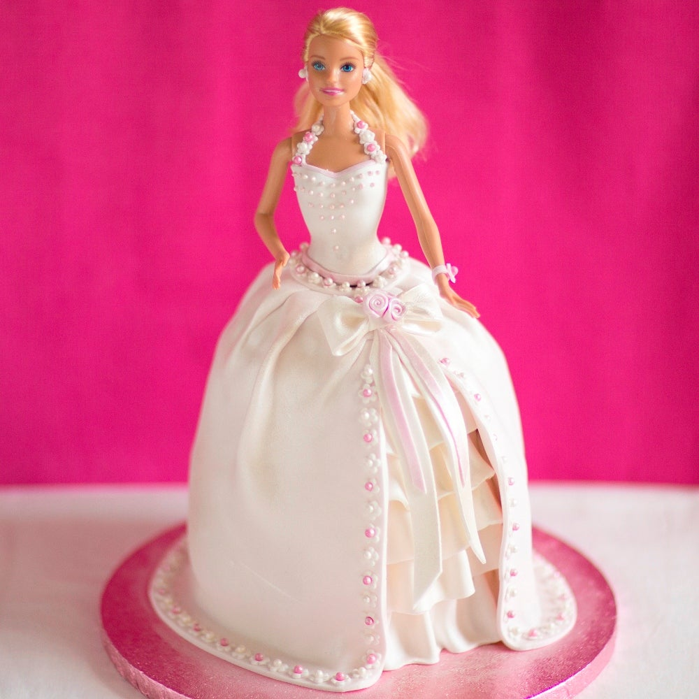 1-Barbie-cake-reshoot-WEB.jpg