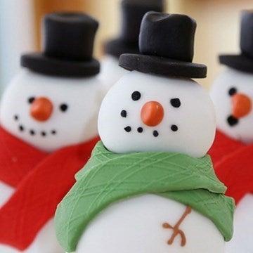 Christmas fondant snowmen