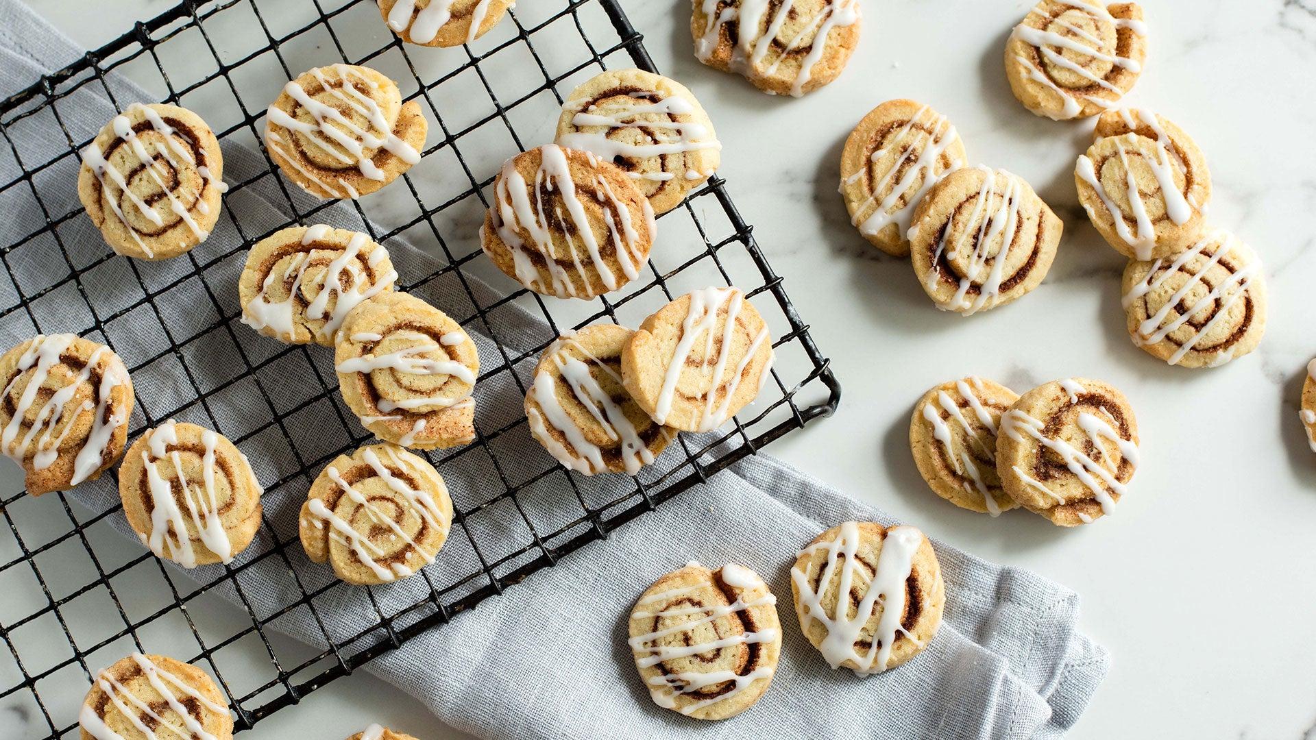 Cinnamon-Roll-Cookies_Header.jpg