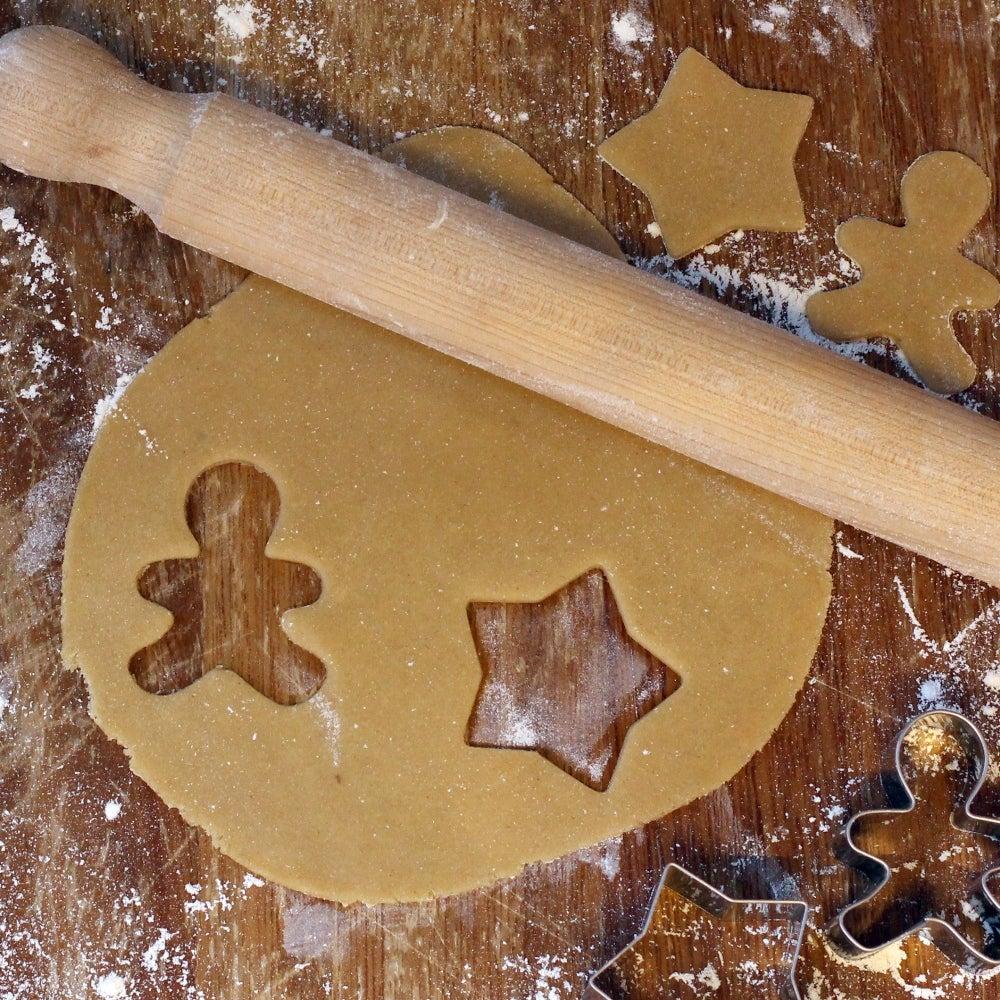 1-Gingerbread-Men-dough-web.jpg