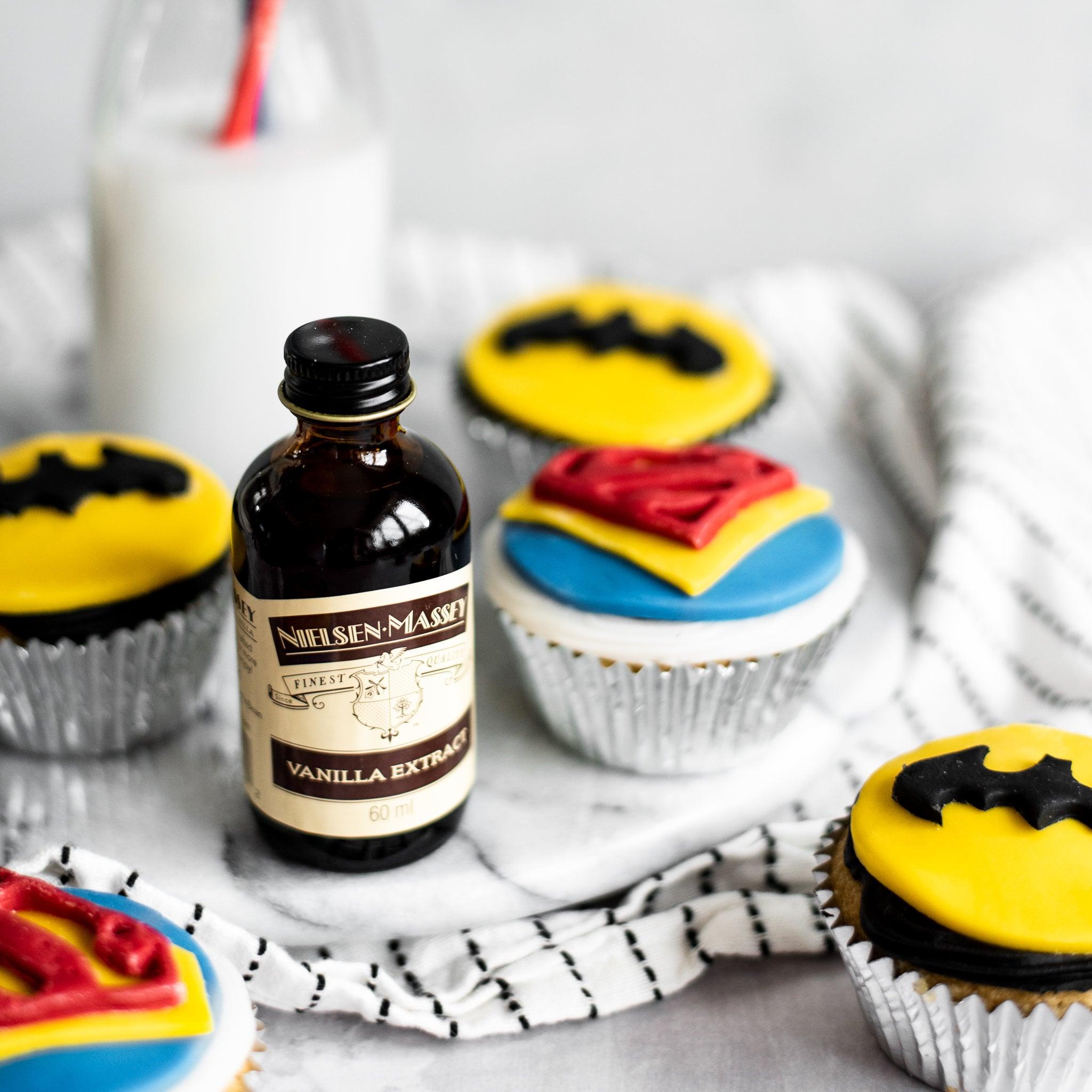Fathers-Day-Superhero-Cupcakes-SQUARE-8.jpg