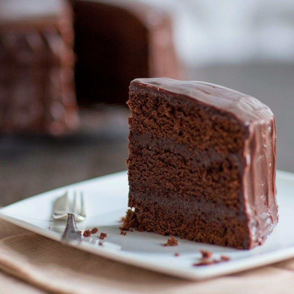 1-Billingtons-indulgent-choc-cake-web.jpg