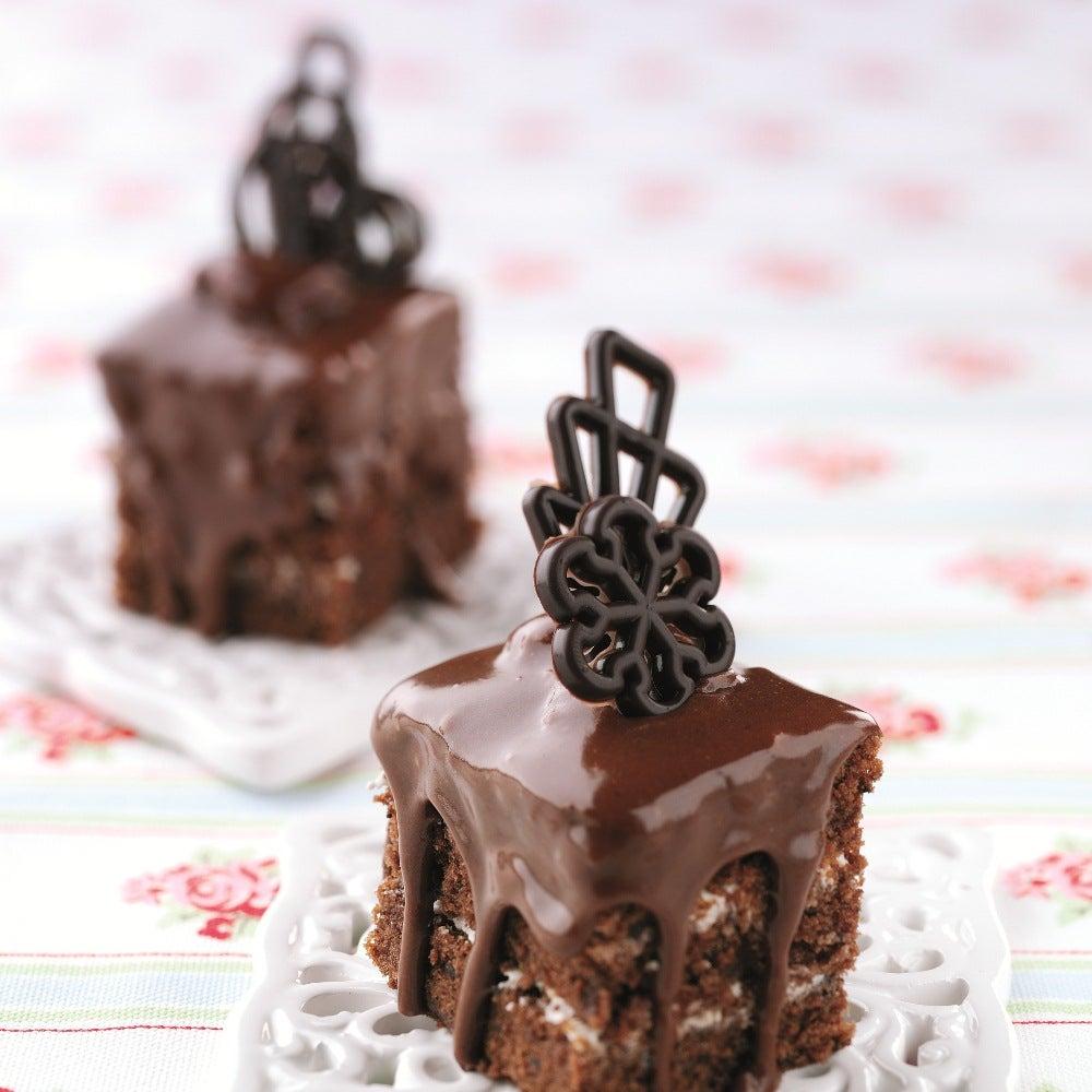 1-Chocolate-macadeima-fancies-web.jpg