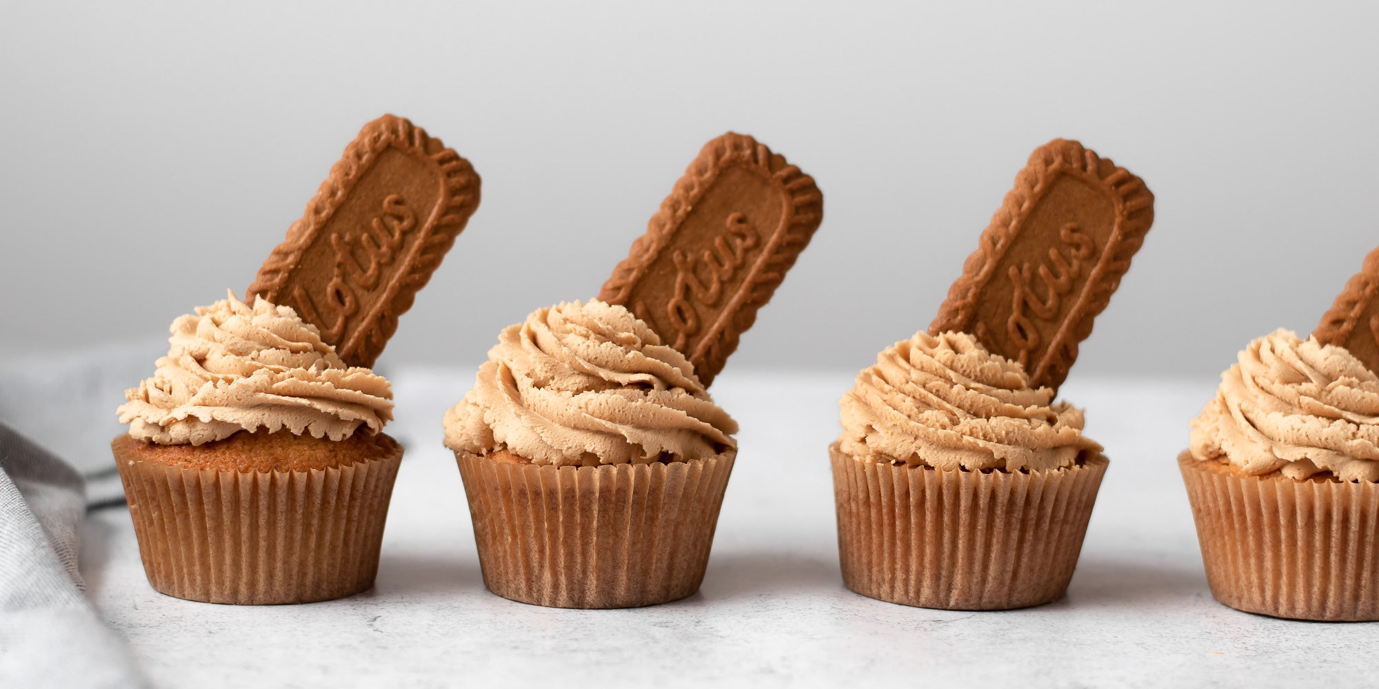 row of biscoff cupcakes