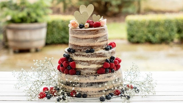 3 tiered sponge cake