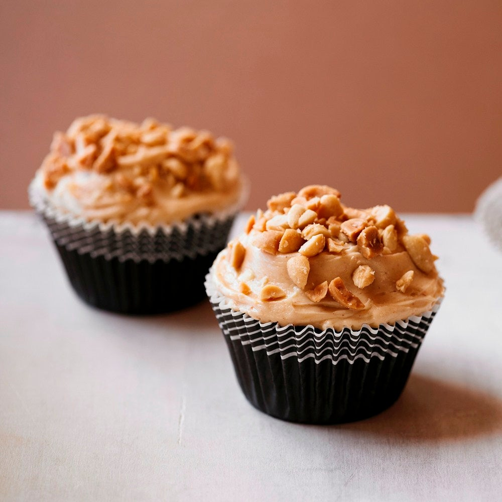 1-Peanut-butter-and-chocolate-cupcakes-web.jpg