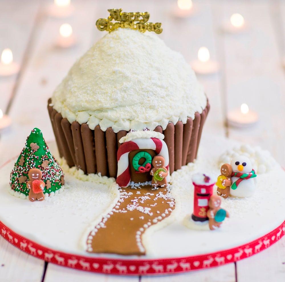 1-Giant-Christmas-Cupcake-WEB.jpg