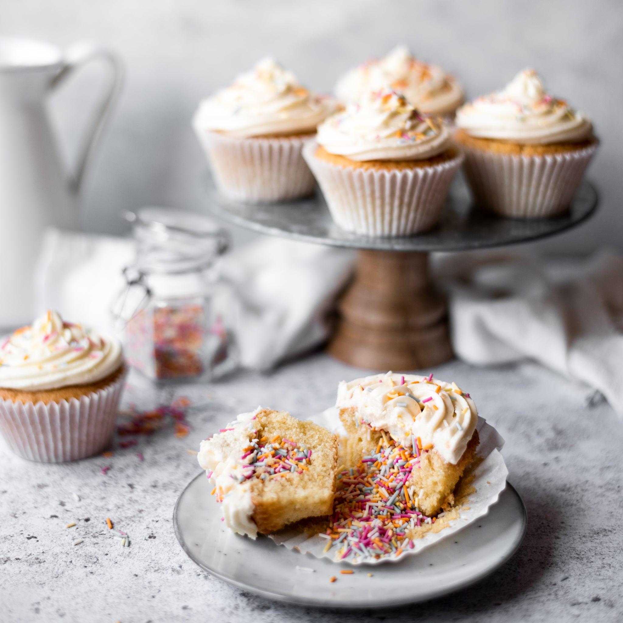 Rainbow-Pinata-Cupcakes-SQUARE-8.jpg