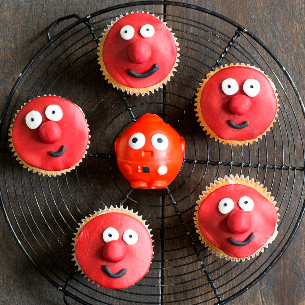 1-Red-Nose-Day-face-cupcakes-WEB.jpg