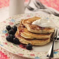 1-blueberry-pancakes-web.jpg
